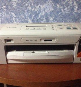Цветной принтер/ксерокс/сканер  Brother DCP-195C