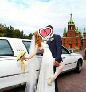 Свадебное платье с шикарной фатой