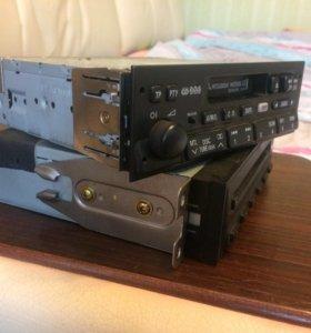 Штатная магнитола+CDчейнджер на митсубиси паджеро