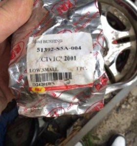 Салентблок задний переднего рычага Honda civic EU1