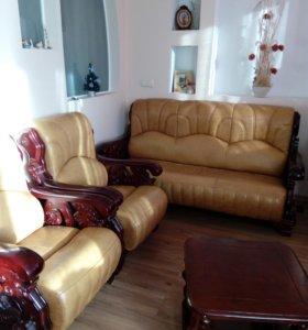 Кресла и диван +2 столика