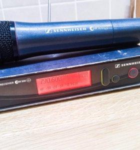 Радиомикрофон SKM300-865 с базой Sennheiser em300