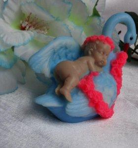 Мыло ручной работы малыш на лебеди