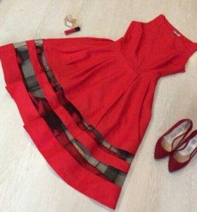 Новое очень стильное праздничное платье