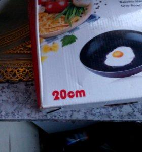 Сковорода 20см