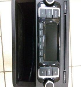 Автомагнитола VW RCD 210