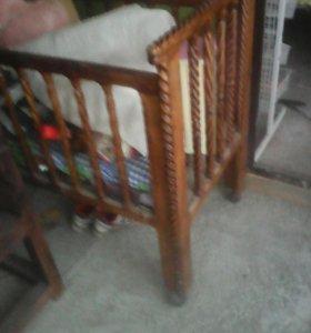 Кровать детская ручной работы