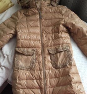Продаётся куртка для девочки на рост 160