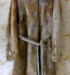 Женская шуба из мутона
