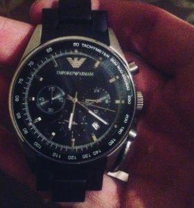 Продам оригинальные часы Emporio Armani