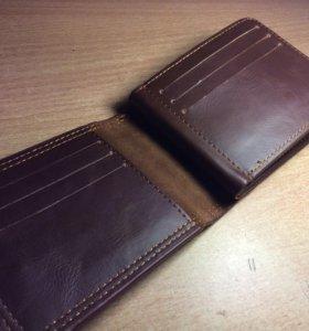 Кожаный кошелёк. Мужской. Для банкнот,монет и карт