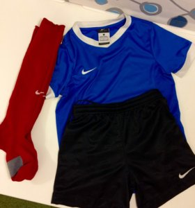 Футболка,шорты,гетры Nike