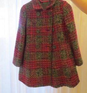Осенне-весеннее пальто для девочки
