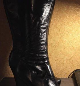 Лаковые сапоги ( кожаные )