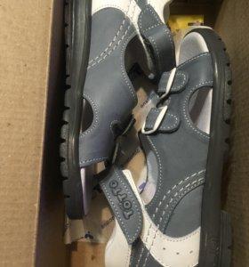 Новые сандалии Тотто 28 32 размеры