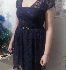 Ажурное платье.