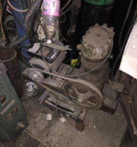 Продам компрессор надо доделать !!!
