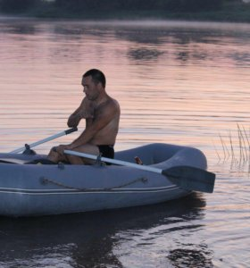 Лодка  новая Мурена 270см