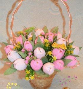 """Корзина из конфет """"Тюльпаны"""""""