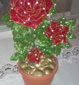 Розы из бисера /ручная работа/