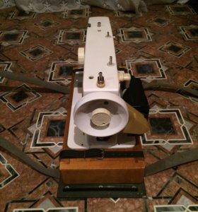 Швейная машинка чайка 132М