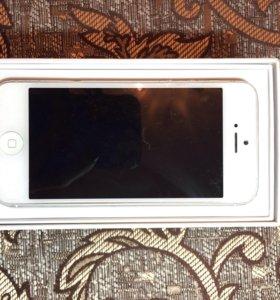 Apple iPhone 5 Silver (белый)