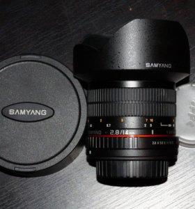Samyang 14/2.8 UMC Sony A