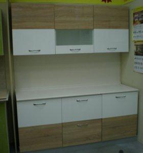 Кухонный гарнитур лак 1,8 м