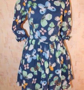 Легкое шифоновое платье.