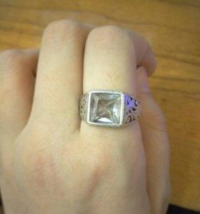 Срочно серебряное кольцо!!!