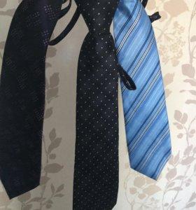 3 галстука 300₽