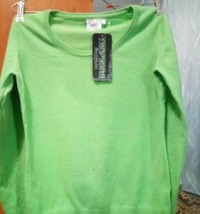 Новый красивый пуловер,только сегодня за 550