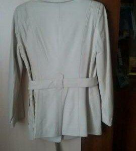 Куртка -пиджак.