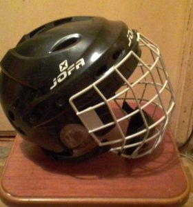Шлем хоккейный