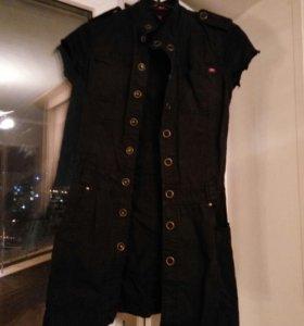 Платье джинсовое фирмы Mexx