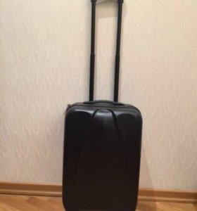 Пластиковый чемодан размер XS
