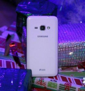 Samsung Galaxy J1(2016)