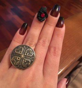 Кольца и крестик-серебро 925 пробы