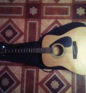 Продаю гитару Yamaha F310