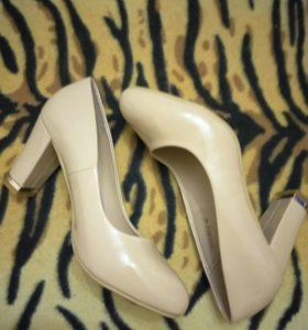 Срочно продам туфли!!!