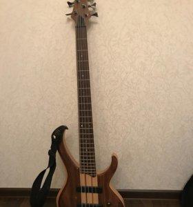 Ibanez BTB675 Бас-гитара 5-струнная