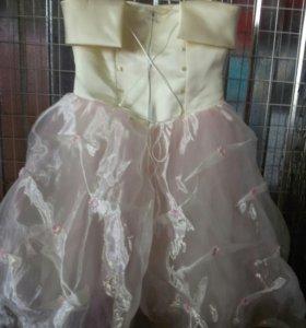 Платье на возраст 5-7лет