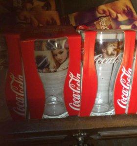 Стакан кока-кола за шт 200рублей.