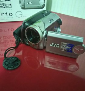 Цифровая видеокамера JVC GZ-MG21E