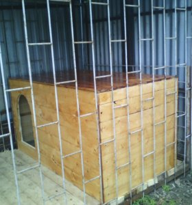 Собачья будка для собаки с щенятами