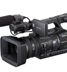 Видеокамера sony HXR-NX5M c доп. аксессуарами