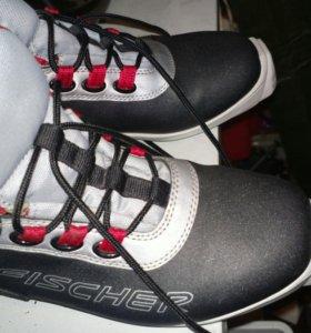 Лыжные ботинки fisher р40