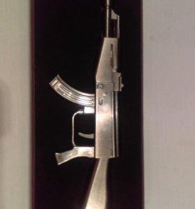 АК-47 зажигалка