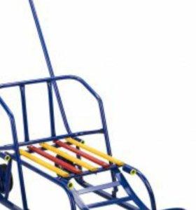 Санки с колесами и откидной спинкой