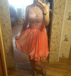 Продам красивое платье 👗
